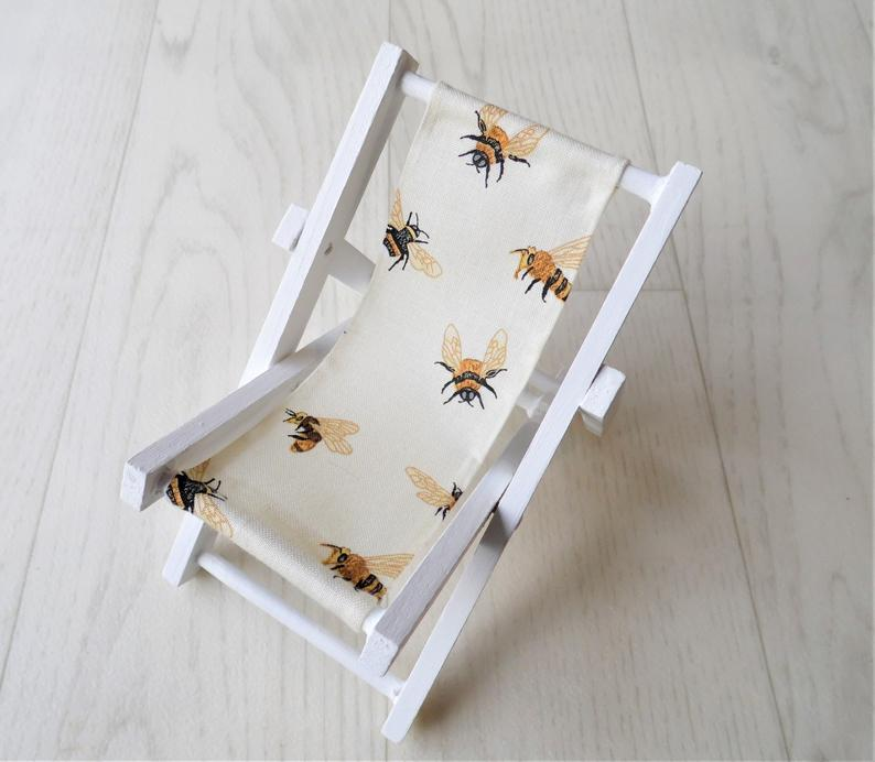 bee phone stand gift idea